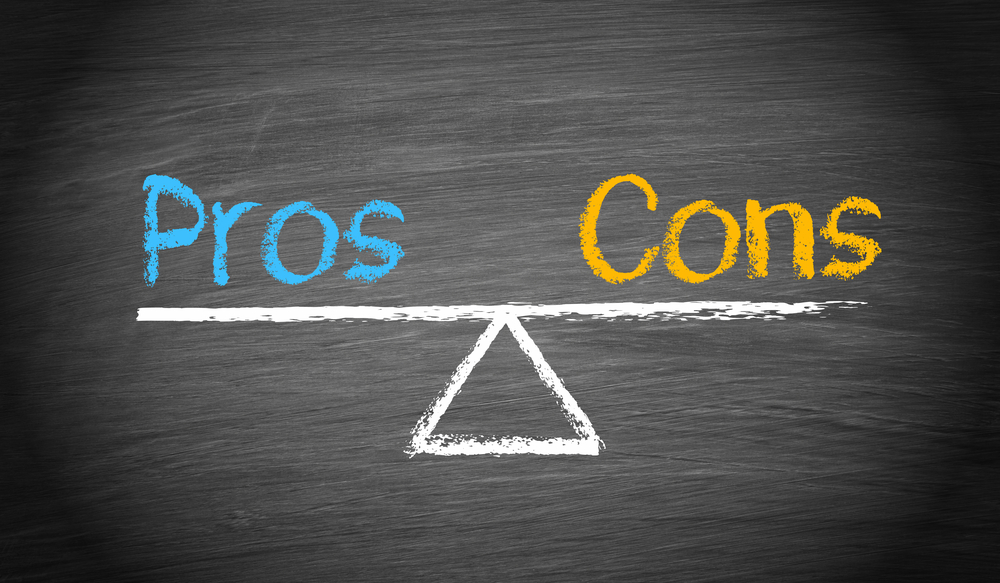 Pros & Cons of Hiring a Moving Broker vs. Moving Company